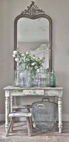 shabby chic tall french iron pot plant tall small table - Google zoeken #vintagehomedecor #homedecorideas