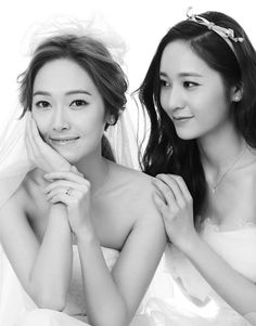 My beautiful darlings, Jessica and Krystal Jung! ❤❤ They're just too perfect!! I LOVE their strong sisterly bond, it reminds me of my sister and I.