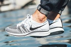 The Nike Flyknit Trainer Returns Next Week in White and Black Best Sneakers, Air Max Sneakers, Nike Sneakers, Adidas Shoes, Nike Flyknit Trainer, White Tennis Shoes, Curvy Petite Fashion, Fashion Shoes, Sporty Fashion