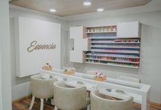 Home Nail Salon, Nail Salon Design, Nail Salon Decor, Beauty Salon Interior, Salon Interior Design, Studio Interior, Beauty Room Salon, Beauty Room Decor, Nail Room