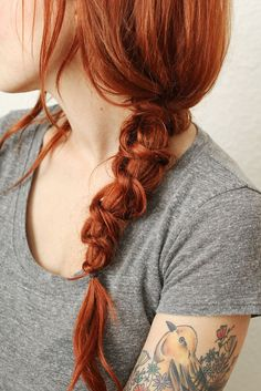 This simple knotted braid looks beautiful!