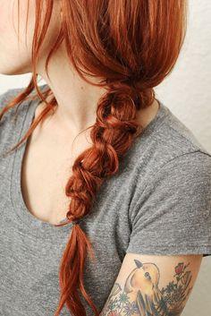 Fotos de moda | Aprende a hacer una bellísima trenza de nudo simple | http://soymoda.net