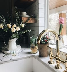 Mixed textures and mixed greens bring this kitchen to life! Featuring the Italian Kitchen Deck Mounted C-Spout 3 Leg Bridge Kitchen Faucet. Rohl, Modern Farmhouse Style, Bath Fixtures, Ladder Decor, Reclaimed Wood Beams, Table Decorations, Kitchen, Home Decor, Kitchen And Bath