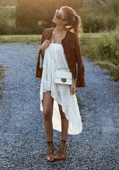 Flowy skirts and dresses are on trend for summer fashion!
