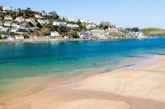 Turquoise waters to make the Mediterranean jealous, and no flight delays, turbulence or baggage carousels to speak of! This town has great little shops too! And plenty of delicious ice cream! England Beaches, Uk Beaches, Salcombe Beach, Slapton Sands, Devon Beach, Beach Uk, Beach List, Devon England, Oxford England