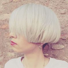 Arctic Grey.  Alice Colour Barbara De Oliveira Cut&Styling Laura Towers