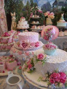 Gorgeous Cakes pink sweets cake pretty dessert decorate frosting bake pedestal