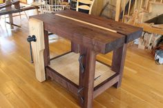(A chairmakers bench) woodworking workbench, woodworking projects, small wo Small Workbench, Woodworking Workbench, Woodworking Shop, Woodworking Crafts, Craftsman Workbench, Workbench Ideas, Wood Trellis, Wood Mantle, Diy Holz