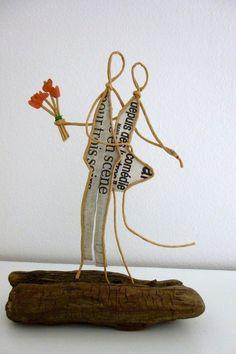 Les amoureux - figurine en ficelle et papier