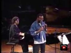 ▶ Chick Corea Acoustic Band & Bobby McFerrin Live - Autumn Leaves (1988) - YouTube