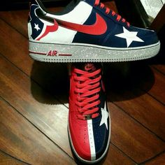 629de4e8da8343 Houston Texans clearly making a push with different shoe brands (reaching  out to women