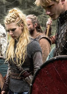 BATTLE - LAGERTHA and BJORN