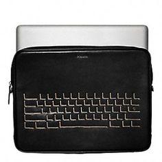 Hugo Guinness Laptop Case. Style 62701