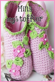Virkade tofflor med blommor Knit Baby Shoes, Baby Girl Shoes, Baby Knitting Patterns, Hermes, Crochet Monsters, Crochet Slippers, Drops Design, Shawls And Wraps, Threading