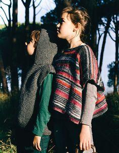Book Beginners 4 Autumn / Winter | 33: Kids Poncho | Off-white-Black-Fuchsia-Mauve