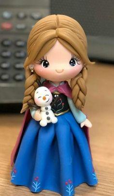 Frozen Doll Cake, Frozen Dolls, Polymer Clay Miniatures, Polymer Clay Crafts, Frozen Birthday, Frozen Party, Fondant People, Elsa, Cute Baby Wallpaper