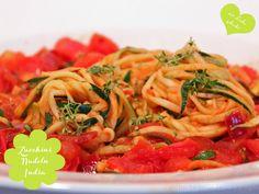 Freude am Kochen: Zucchini Pasta Indian Style ala *ups* - #challengetauglich #vegan