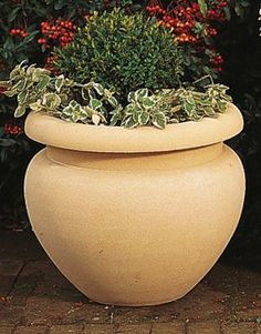 Roman Jardiniere Planter Small  features simple lines and good proportions.