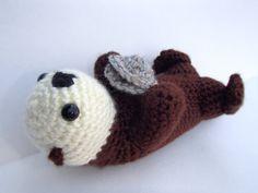 Crochet Sea Otter Amigurumi Plush - Sea Otter Holding a Clam by AMKCrochet, $28.00