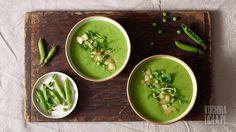 Zupa z groszku z miętą i prażoną gruszką