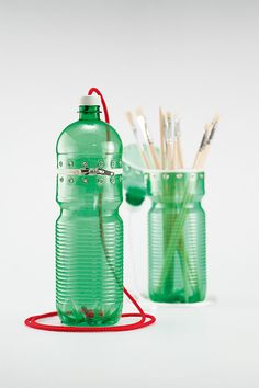 Decoração usando material reciclável: garrafas pet, latinhas, etc..