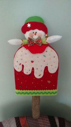 Mary Christmas, Felt Christmas Ornaments, Christmas Snowman, Christmas Decorations, Holiday Decor, Christmas Ideas, Felt Crafts, Diy And Crafts, Christmas Craft Projects