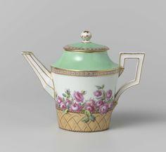 Theepot, deel van een koffie- en theeservies, beschilderd met rozen in manden, K�nigliche Porzellan Manufaktur, ca. 1795