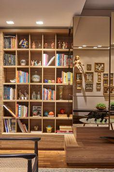 Estante. Sala de tv e Estar. Projeto Maycon Altera. Foto: Jomar Bragança