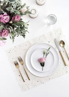 DIY Speckled Placemats Tutorial