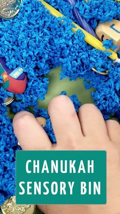 Preschool and Toddler Hanukkah Activity If you're looking for a fun and engaging preschool activity for Hanukkah, check out this simple sensory bin in a chanukah theme! Perfect for toddlers too! Sensory Art, Sensory Activities Toddlers, Sensory Bins, Holiday Activities, Infant Activities, Toddler Preschool, Hanukkah Crafts, Toddler Themes, Fun