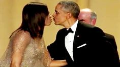 President Barack Obama's BEST MOMENTS At 2016 White House Correspondents...