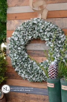 Plaid Fabric Wreath – How to Make a Rag Wreath Pine Cone Christmas Tree, Christmas Crafts, Christmas Decorations, Christmas Ideas, Homemade Christmas, Holiday Ideas, Primitive Decorations, Christmas Things, Christmas Goodies