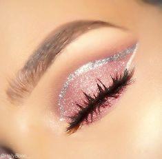 Make-up ideas and tips! - Make-up Ideen und Tipps! – Make-up ideas and tips! Makeup Eye Looks, Cute Makeup, Pretty Makeup, Skin Makeup, Eyeshadow Makeup, Beauty Makeup, Awesome Makeup, Sparkle Eyeshadow, Beauty Tips