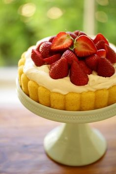 """A strawberry shortcake """"Cheater"""" Charlotte recipe is WAY EASIER than a traditional Charlotte and just as tasty too! A great dessert idea for Mother's Day. Great Desserts, Dessert Recipes, Party Recipes, Charlotte Cake, Tolle Desserts, Buckwheat Cake, Strawberry Shortcake Recipes, Zucchini Cake, Salty Cake"""