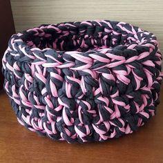 ❤❤❤ #crochê #crochet #croche #fiodemalha #cesto #cestodecroche #crochetbasket #trapillo #trapilho #tshirtyarn #tshirtyarnbasket #malhamaniacas #crochetaddict #decoração #organização #maxicroche