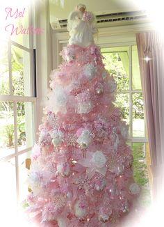 My Shabby Chic Pink Christmas tree <3