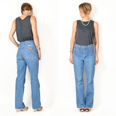 Vintage 1970s WRANGLER Flare Jeans / small by ItinerantVintage