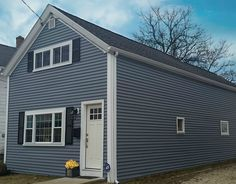 Carvedwood 44 Vinyl Siding In Harbor Grey By Mastic Home