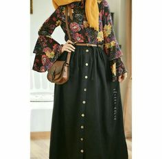 Modern Hijab Fashion, Muslim Women Fashion, Abaya Fashion, Modest Fashion, Fashion Outfits, Hijab Style Dress, Hijab Chic, Casual Hijab Outfit, Modele Hijab