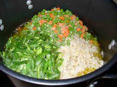 Ground White Rice Cat Food Good