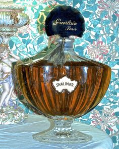 SHALIMAR Perfume by Guerlain Paris - Giant Baccarat Factice Display Bottle - RARE