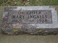 laura ingalls wilder grave | ... De Smet, South Dakota, Laura Ingalls Wilder - Memorial Homes and Town