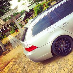 BMW E61 525i