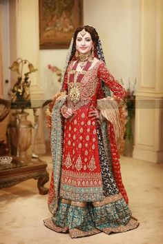 Pakistani bridal dress. Photo credit: Irfan Ahson