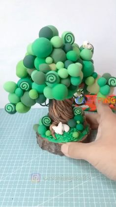 Cute Polymer Clay, Cute Clay, Polymer Clay Miniatures, Polymer Clay Projects, Polymer Clay Creations, Diy Clay, Clay Crafts For Kids, Creative Crafts, Paper Crafts