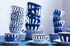 Hermes Bleus d'Ailleurs china >> I just love blue and white.