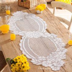 The Number One Marketplace to Buy Crochet Patterns Crochet Table Runner, Crochet Tablecloth, Crochet Doilies, Crochet Home, Knit Crochet, Borboleta Crochet, Filet Crochet Charts, Fillet Crochet, Crochet Butterfly