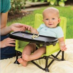 Summer Infant Pop N' Sit Portable Booster / 25,49 $ at www.amazon.com gp product B01AZC36Z8 ref=as_li_ss_tl?ie=UTF8&linkCode=sl1&tag=happyhooligan-20&linkId=5abf6829015230052081c31dc3ca2b4e