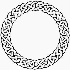 Celtic-Trinity-&-Knots-Circle-Tattoo-Design-photo-1