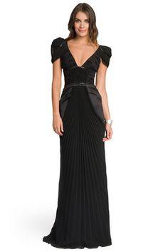 rent the runway carlos miele knock em dead gown. Rent Dresses, Casual Dresses, Formal Dresses, Mob Dresses, Lovely Dresses, Formal Wear, Elegant Dresses, Dress Skirt, Dress Up